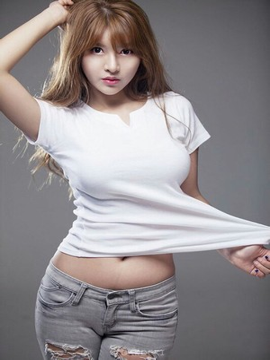 开乡村小嫩苞:闺蜜是m我是s