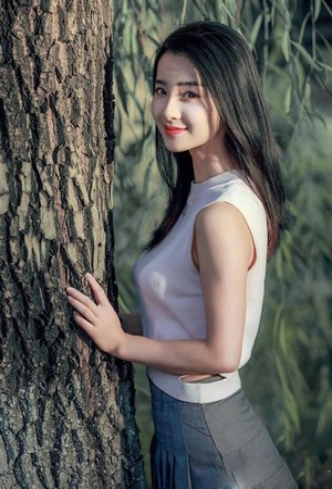 花蒂惩罚绑住喷水_被男朋友强吻解内衣