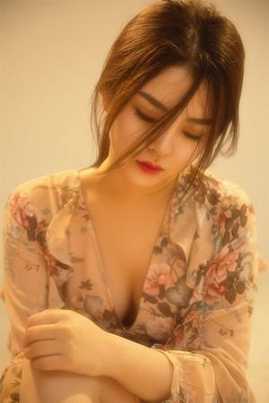 日本一本到道一区免费:他还在里面抱着她走楼梯